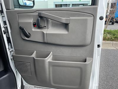 2016 Chevrolet Express 3500, Cutaway Van #1K5082 - photo 27