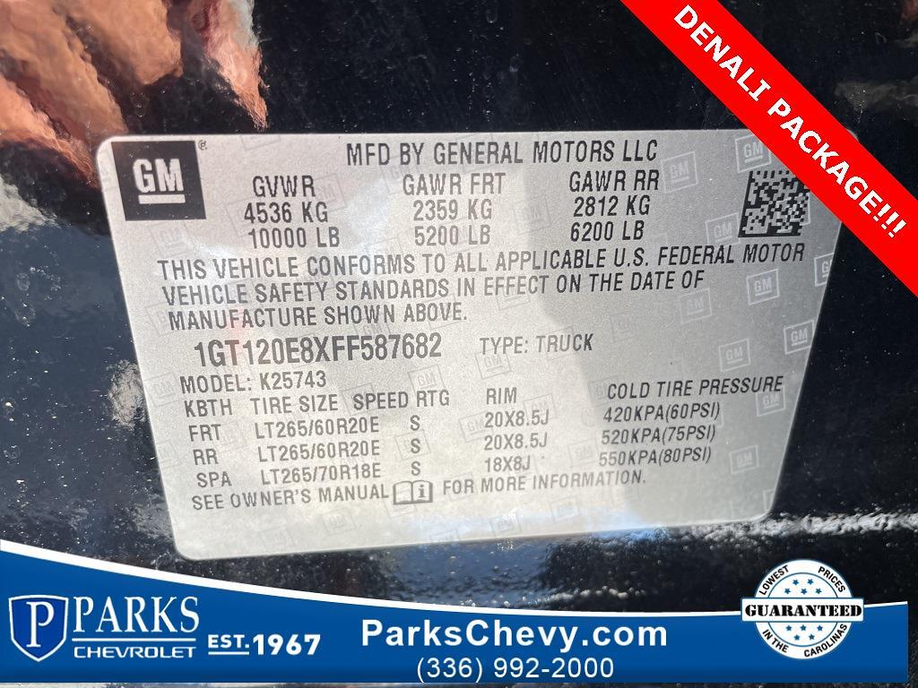 2015 GMC Sierra 2500 Crew Cab 4x4, Pickup #1K5118 - photo 27