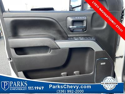 2016 Chevrolet Silverado 2500 Crew Cab 4x4, Pickup #1K5137 - photo 25