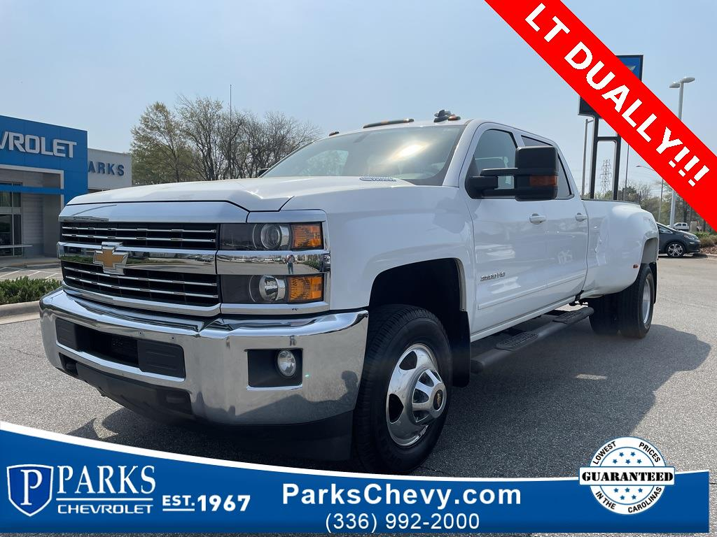 2016 Chevrolet Silverado 3500 Crew Cab 4x4, Pickup #1K5167 - photo 1