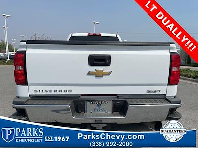 2016 Chevrolet Silverado 3500 Crew Cab 4x4, Pickup #1K5167 - photo 3