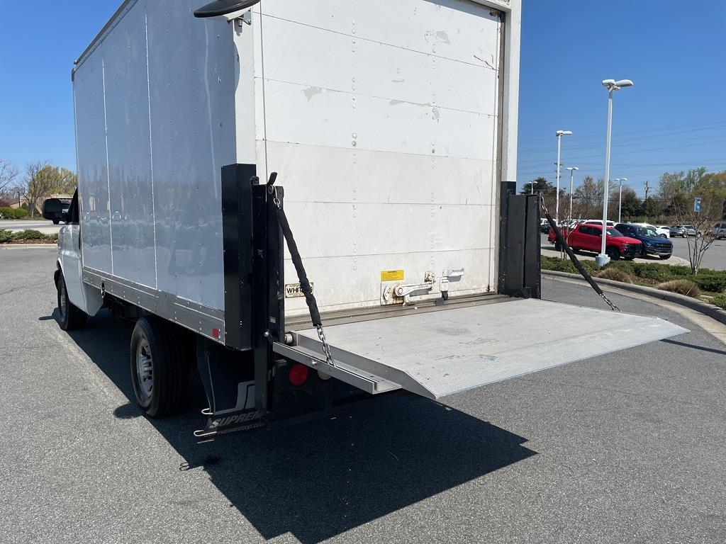 2016 Chevrolet Express 3500, Cutaway Van #1K5171 - photo 31