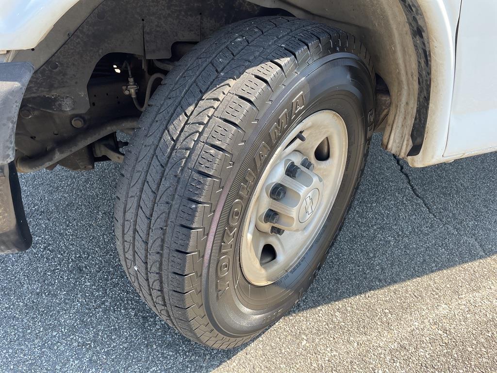2016 Chevrolet Express 3500, Cutaway Van #1K5171 - photo 38