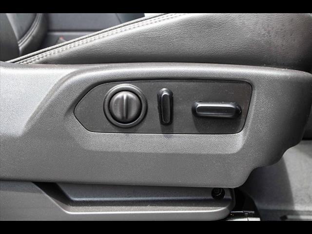 2019 Chevrolet Silverado 1500 Crew Cab 4x4, Pickup #1K5256 - photo 35