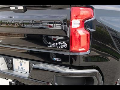 2019 Chevrolet Silverado 1500 Crew Cab 4x4, Pickup #1K5256 - photo 8