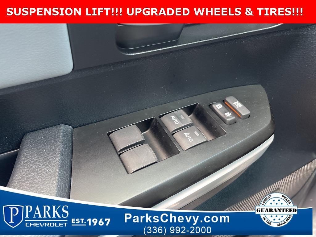 2018 Toyota Tundra Crew Cab 4x4, Pickup #1K5281 - photo 29