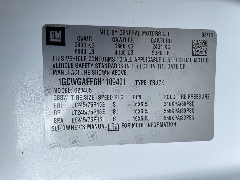 2017 Chevrolet Express 2500, Empty Cargo Van #1K5298 - photo 25