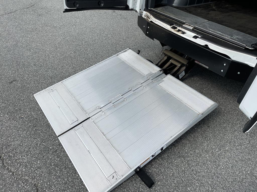 2017 Chevrolet Express 2500, Empty Cargo Van #1K5298 - photo 38