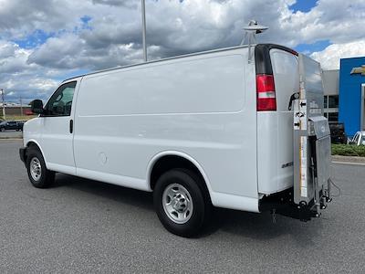 2017 Chevrolet Express 2500, Empty Cargo Van #1K5298 - photo 6