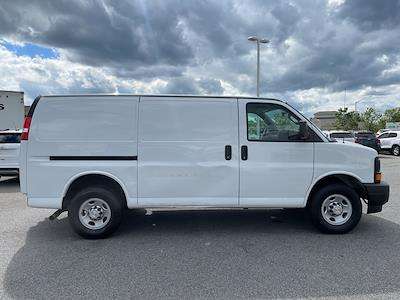 2017 Chevrolet Express 2500, Empty Cargo Van #1K5298 - photo 9