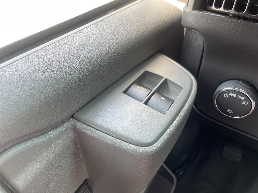 2019 Chevrolet Express 2500 4x2, Empty Cargo Van #1K5299 - photo 22