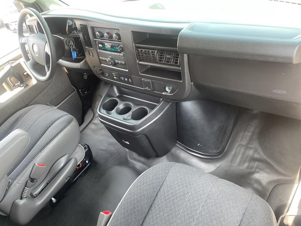 2019 Chevrolet Express 2500 4x2, Empty Cargo Van #1K5299 - photo 27
