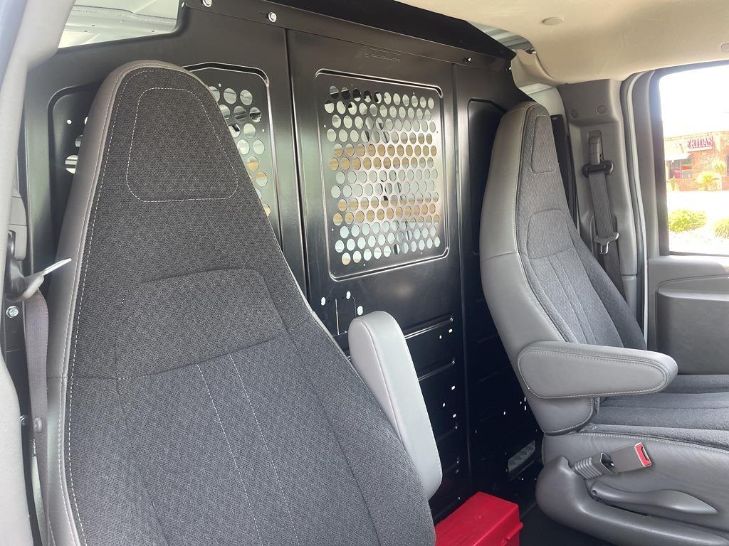2019 Chevrolet Express 2500 4x2, Empty Cargo Van #1K5299 - photo 32