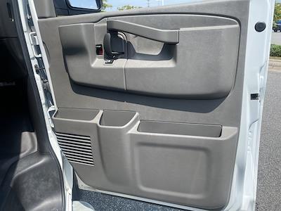 2019 Chevrolet Express 2500 4x2, Empty Cargo Van #1K5299 - photo 28
