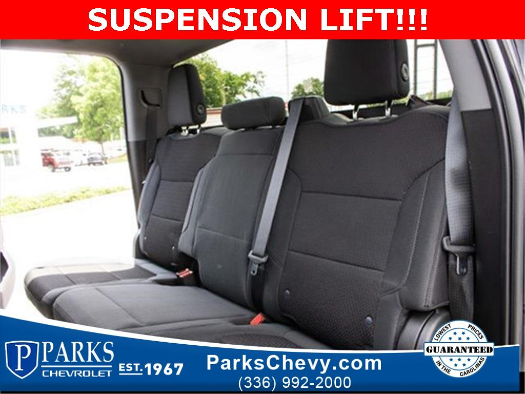 2020 Chevrolet Silverado 1500 Crew Cab 4x4, Pickup #1K5334 - photo 28