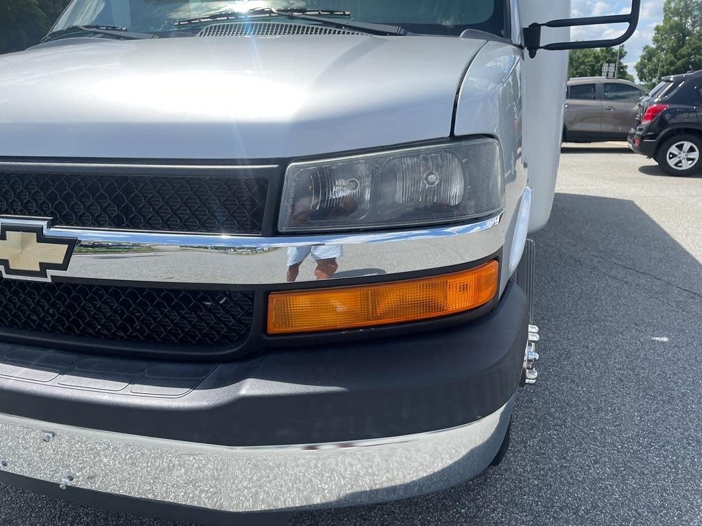 2014 Chevrolet Express 4500 DRW 4x2, Other/Specialty #1K5337 - photo 11
