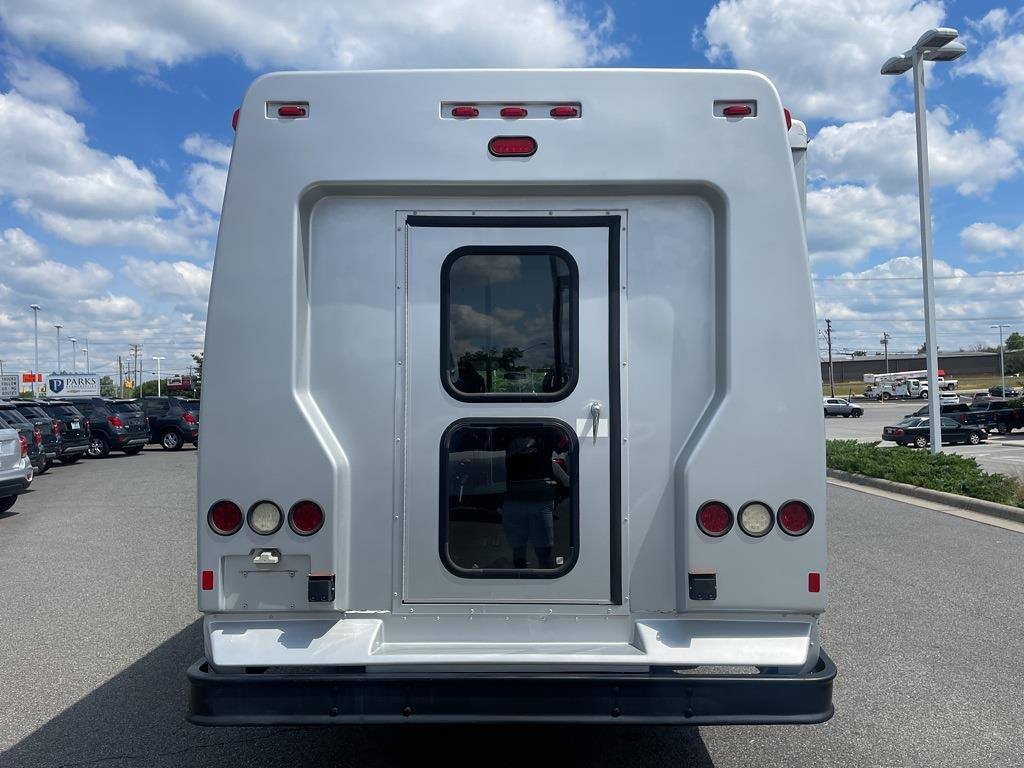 2014 Chevrolet Express 4500 DRW 4x2, Other/Specialty #1K5337 - photo 5