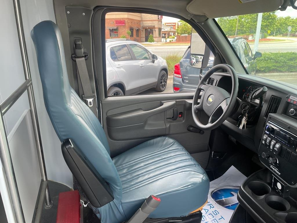 2014 Chevrolet Express 4500 DRW 4x2, Other/Specialty #1K5337 - photo 25