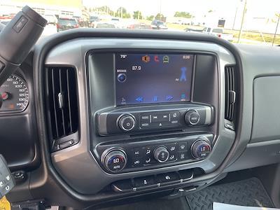 2014 Chevrolet Silverado 1500 Crew Cab 4x4, Pickup #1K5533 - photo 10