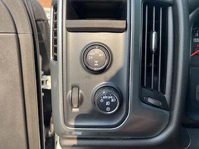 2014 Chevrolet Silverado 1500 Crew Cab 4x4, Pickup #1K5533 - photo 11