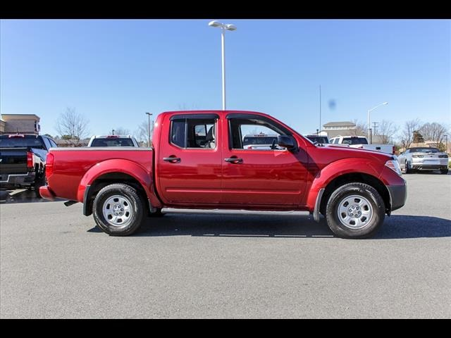 2018 Frontier Crew Cab 4x4, Pickup #245370A - photo 11