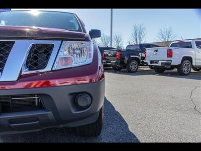 2018 Frontier Crew Cab 4x4, Pickup #245370A - photo 15