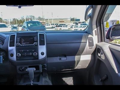 2018 Frontier Crew Cab 4x4, Pickup #245370A - photo 40