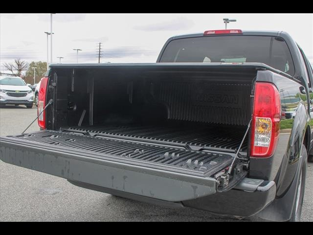 2018 Frontier Crew Cab 4x2, Pickup #265986A - photo 22