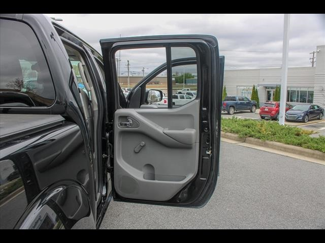 2018 Frontier Crew Cab 4x2, Pickup #265986A - photo 39