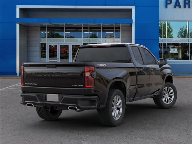 2020 Chevrolet Silverado 1500 Double Cab 4x4, Pickup #284973 - photo 2
