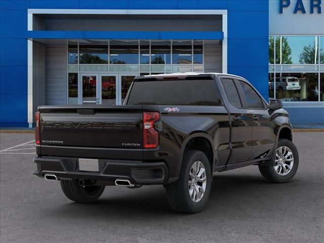 2020 Chevrolet Silverado 1500 Double Cab 4x4, Pickup #289935 - photo 2