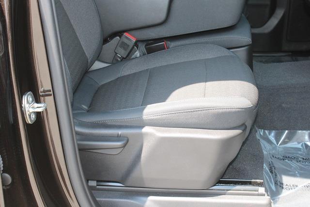 2019 Chevrolet Silverado 1500 Crew Cab 4x4, Pickup #301000A - photo 11