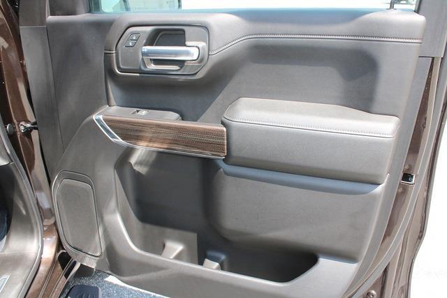 2019 Chevrolet Silverado 1500 Crew Cab 4x4, Pickup #301000A - photo 12