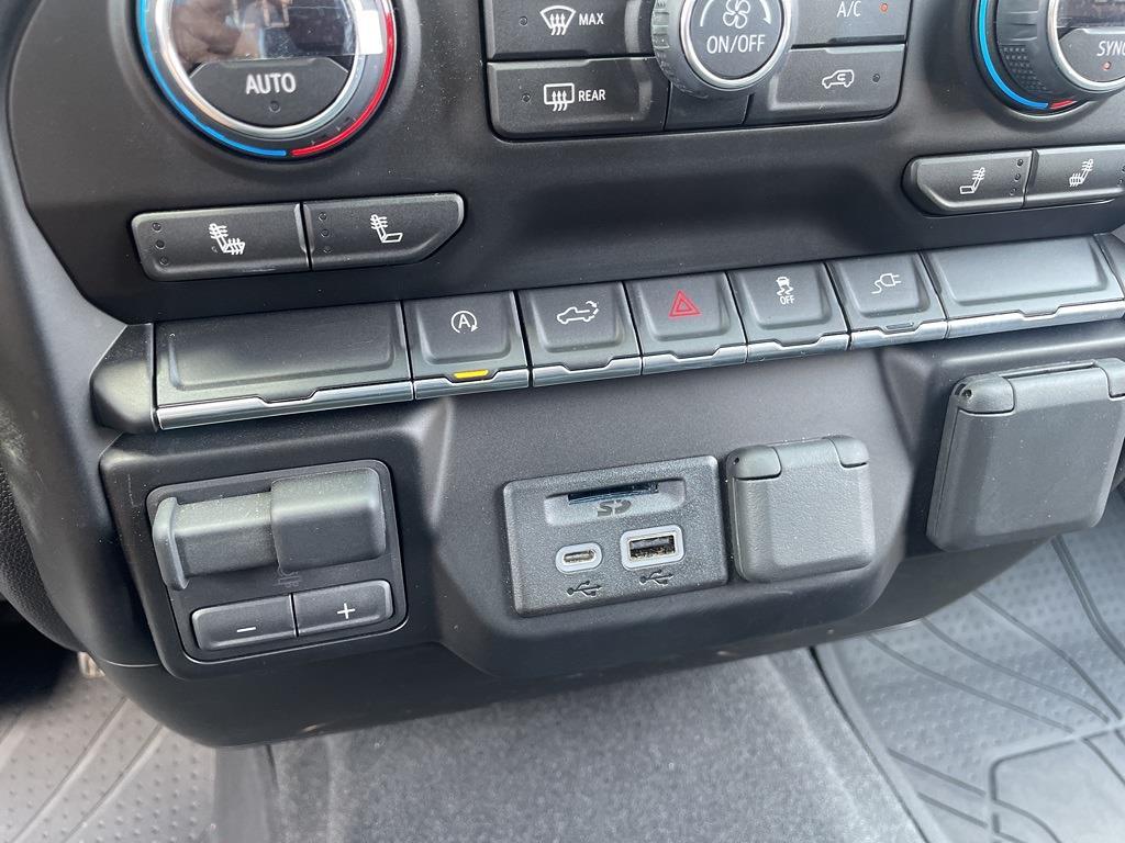 2019 Chevrolet Silverado 1500 Crew Cab 4x4, Pickup #301000A - photo 21
