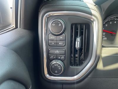 2019 Chevrolet Silverado 1500 Crew Cab 4x4, Pickup #301000A - photo 16