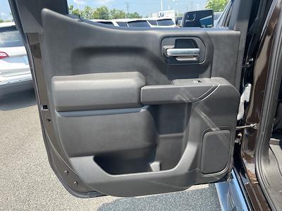 2019 Chevrolet Silverado 1500 Crew Cab 4x4, Pickup #301000A - photo 30