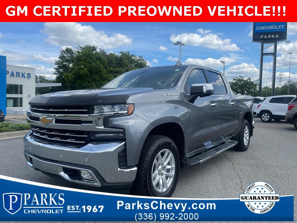 2020 Chevrolet Silverado 1500 Crew Cab 4x4, Pickup #318889A - photo 1