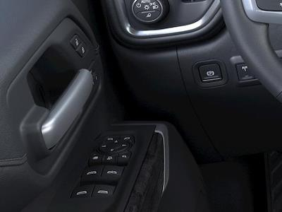 2021 Chevrolet Silverado 2500 Crew Cab 4x4, Pickup #319778 - photo 19