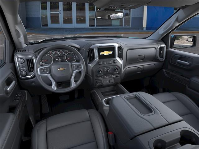 2021 Chevrolet Silverado 1500 Crew Cab 4x4, Pickup #325024 - photo 12