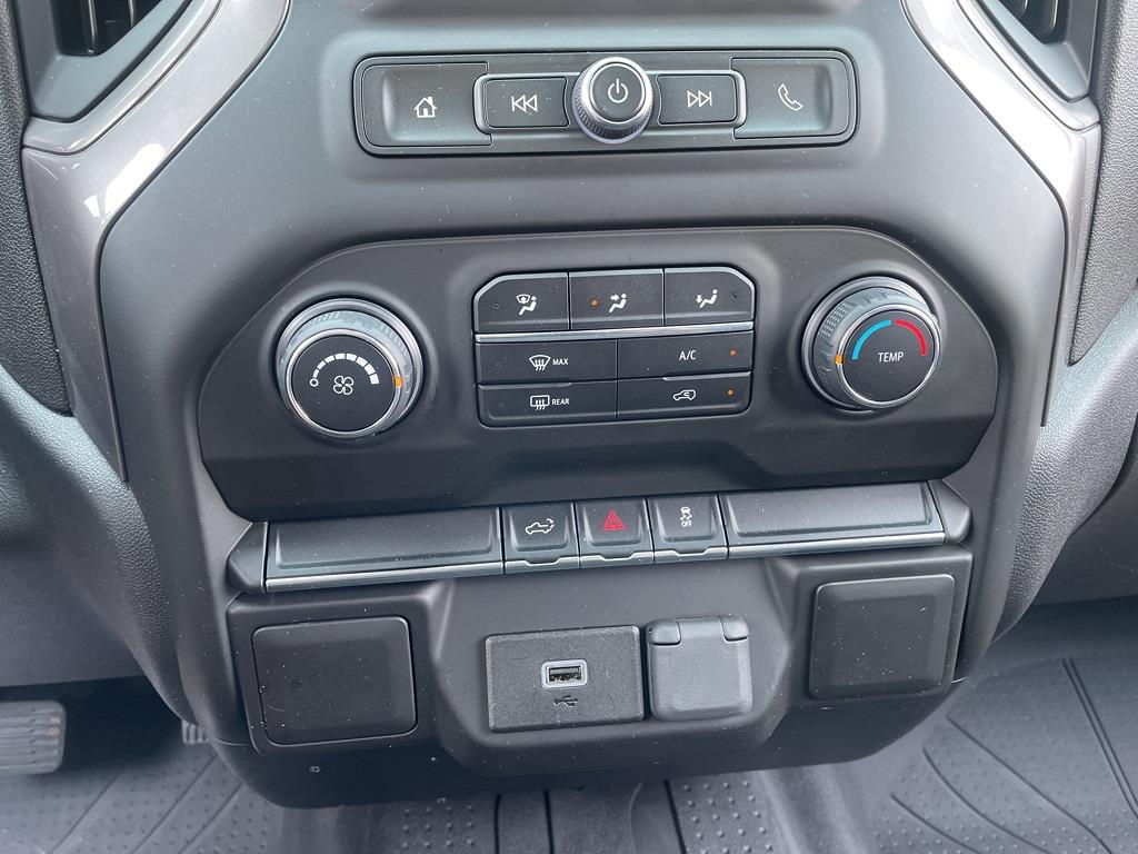 2020 Chevrolet Silverado 1500 Crew Cab 4x4, Pickup #379475A - photo 17