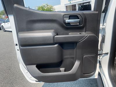 2020 Chevrolet Silverado 1500 Crew Cab 4x4, Pickup #379475A - photo 24