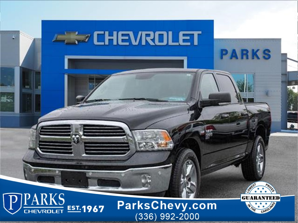 2019 Ram 1500 Crew Cab 4x4, Pickup #4S2610 - photo 1