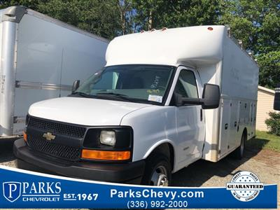 2017 Chevrolet Express 4500, Cutaway Van #4S2714 - photo 1