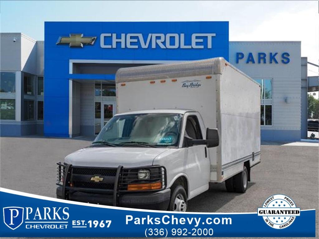 2013 Chevrolet Express 3500 4x2, Cutaway Van #4S2784 - photo 1