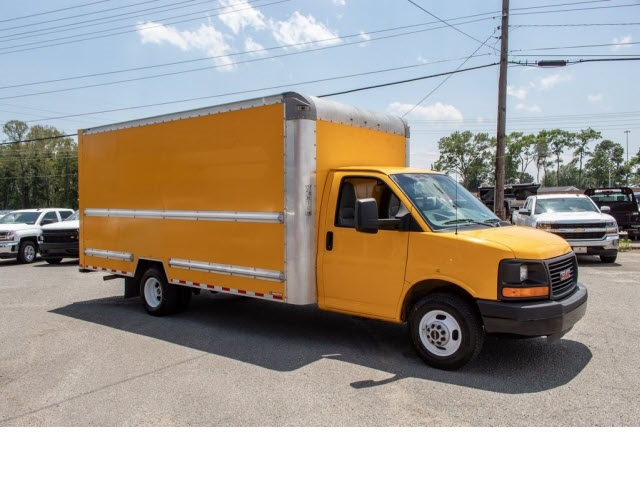 2015 Savana 3500 4x2,  Cutaway Van #5K3267 - photo 14
