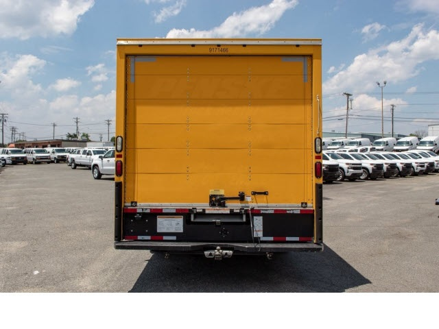 2015 Savana 3500 4x2,  Cutaway Van #5K3267 - photo 6