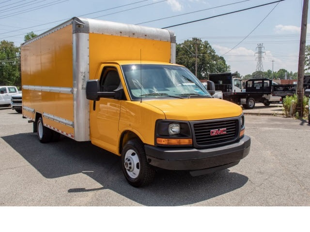 2015 Savana 3500 4x2,  Cutaway Van #5K3267 - photo 15