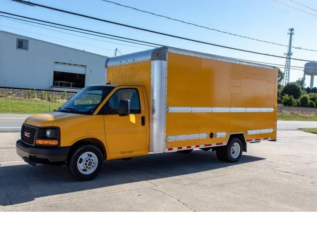 2015 Savana 3500 4x2,  Cutaway Van #5K3280 - photo 1