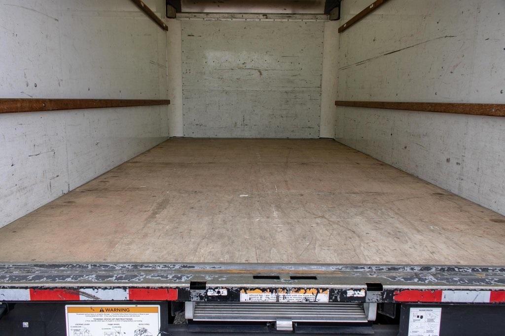 2015 Savana 3500 4x2, Cutaway Van #5K4203 - photo 21
