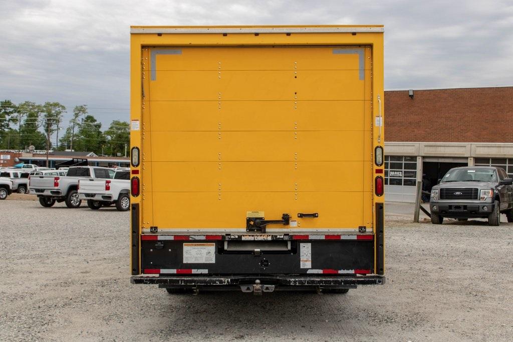 2015 Savana 3500 4x2, Cutaway Van #5K4203 - photo 6